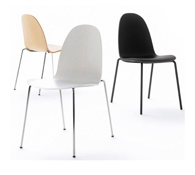 Sillas y mobiliario